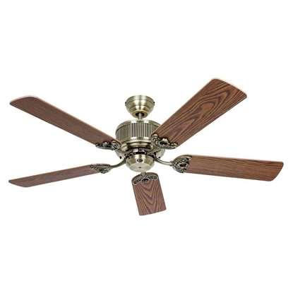 Image de Ventilateur de plafond Eco Elements 132 MA, laiton antique Ø 132 cm. Hélices chêne antique/hêtre avec télécommande