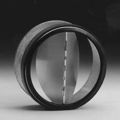 Bild von Rohrverschlussklappe RSKCS-150K innen. In Chromstahl