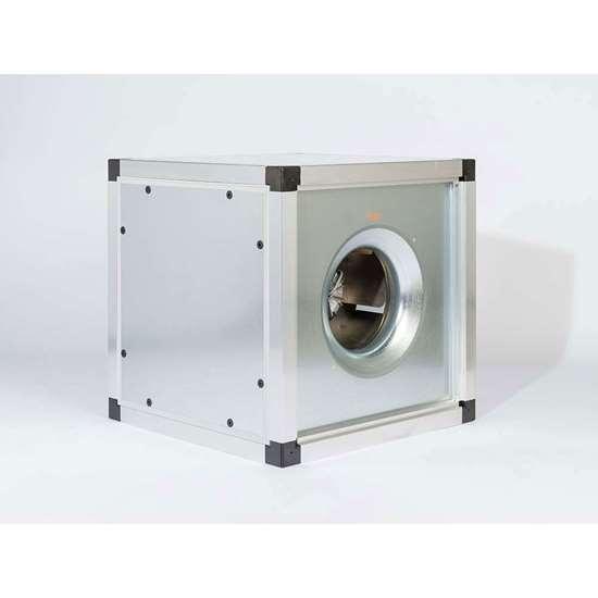 Image sur Boîte d'extraction multiple 400V, FMB 3/1-560/DM1. Ventilateur radiaux avec une roue libre et des pales recourbées en arrière. Avec moteur EC. (Fischbach)