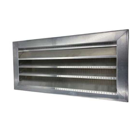 Image sur Grille pare pluie en aluminium L1300 H500mm. Fabrication sur mesure, retours ne sont pas acceptés. Avec grille intégrée (ouverture de maille 10mm). Dimensions intermédiaires possibles sur demande.